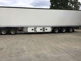 Maxicube  Refrigerated Van Trailer - picture3' - Click to enlarge