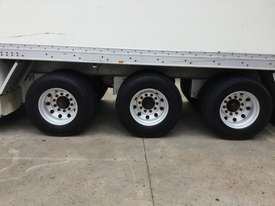 Maxicube  Refrigerated Van Trailer - picture8' - Click to enlarge