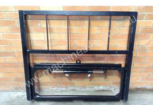 Forklift Side shift w/h Load Guard 3.5 Ton Class 3