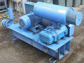 BOC Edwards Hibon Roots type blower Type XN 8045H  - picture2' - Click to enlarge