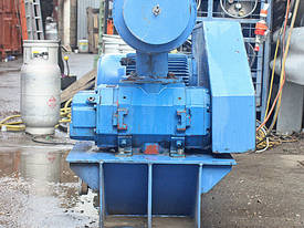 BOC Edwards Hibon Roots type blower Type XN 8045H  - picture3' - Click to enlarge