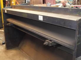Guillotine Hydracut Aust 2500mm x 3 - 4mm steel - picture2' - Click to enlarge