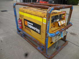Denyo TLW300 Welder / Generator - picture3' - Click to enlarge