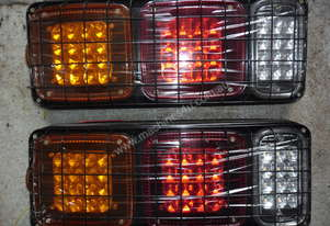 Or  LED REAR TAIL LIGHT