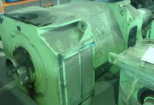 1255 kw 1700 hp 900 rpm 620 volt 560 frame DC Electric Motor