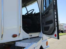 Freightliner Argosy Primemover Truck - picture12' - Click to enlarge