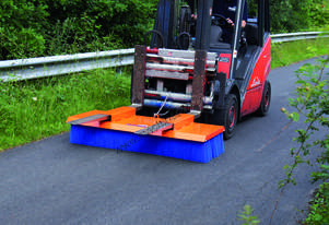 Tuchel Solo Bucket Broom Angle Road Sweeper Attachment