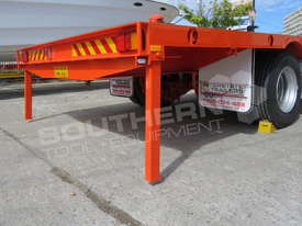 Interstate Trailers 9 Ton 20FT Container Trailer ATTTAG - picture9' - Click to enlarge