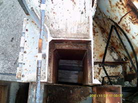 arrow 450 narrow , ex council 4 moulds - picture11' - Click to enlarge