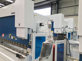 New Yawei PBH 250t x 4100mm CNC7 Pressbrake with Delem DA-66T. IN STOCK. - picture2' - Click to enlarge