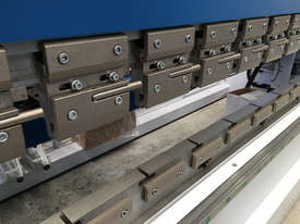 New Yawei PBH 250t x 4100mm CNC7 Pressbrake with Delem DA-66T. IN STOCK. - picture3' - Click to enlarge