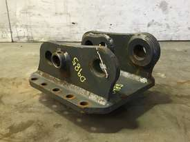 HEAD BRACKET TO SUIT 3-4T EXCAVATOR D985 - picture0' - Click to enlarge