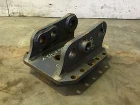 HEAD BRACKET TO SUIT 3-4T EXCAVATOR D985 - picture1' - Click to enlarge