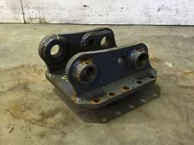 HEAD BRACKET TO SUIT 3-4T EXCAVATOR D985 - picture3' - Click to enlarge