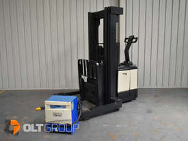 Used Crown WR3000 Walkie Reach Truck Container Mast Full Free Lift 1500kg Capacity - picture4' - Click to enlarge