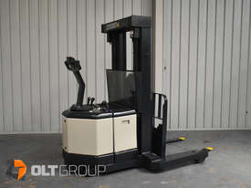 Used Crown WR3000 Walkie Reach Truck Container Mast Full Free Lift 1500kg Capacity - picture5' - Click to enlarge