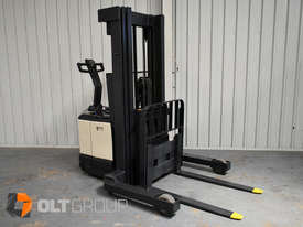 Used Crown WR3000 Walkie Reach Truck Container Mast Full Free Lift 1500kg Capacity - picture6' - Click to enlarge