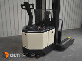 Used Crown WR3000 Walkie Reach Truck Container Mast Full Free Lift 1500kg Capacity - picture13' - Click to enlarge