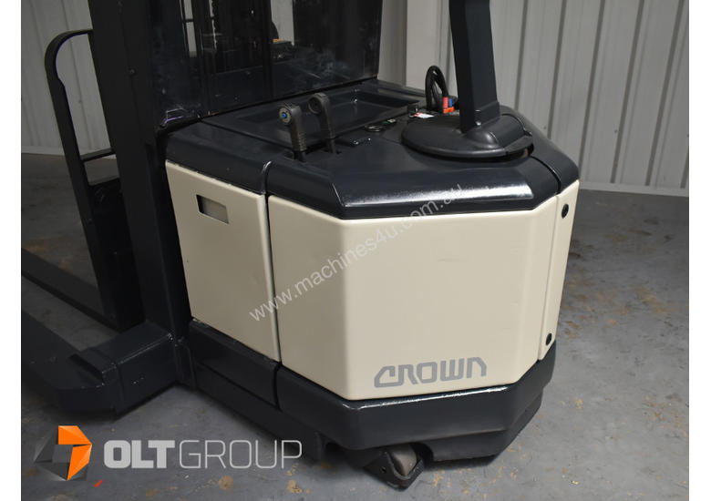 Used Crown WR3000 Walkie Reach Truck Container Mast Full Free Lift 1500kg Capacity