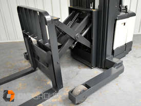 Used Crown WR3000 Walkie Reach Truck Container Mast Full Free Lift 1500kg Capacity - picture16' - Click to enlarge