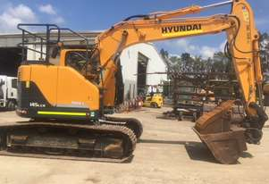 Hyundai R145CR 2016 model with ROPS/FOPS cabin, 2200 hours suit new buyer
