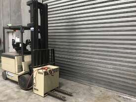 Crown 50FC Electric Counterbalance Forklift - picture1' - Click to enlarge