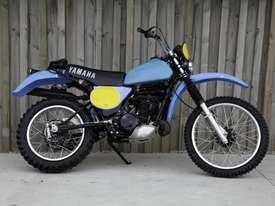Yamaha IT400 Enduro Off Road Bike - picture0' - Click to enlarge