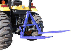 REAR MOUNTED 3 POINT LINKAGE PALLET FORKS