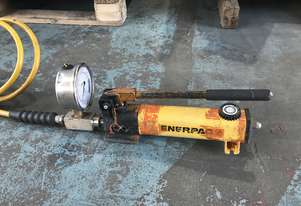 Enerpac Hydraulic Two Speed Porta Power Pump c/w Pressure Gauge P142 Industrial Quality Tool