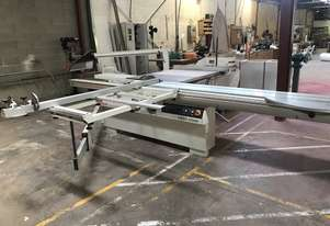 SCM SI350 Panel Saw Including Dust Exhaust. Great Price for Great Condition