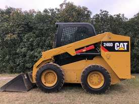 CAT 246D Skid Steer, Caterpillar 2016 Model  - picture2' - Click to enlarge