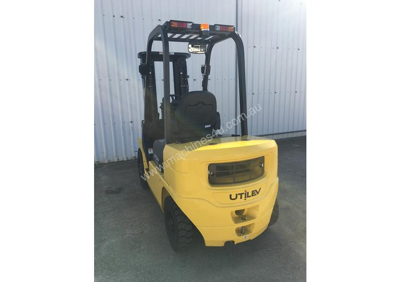 Run-out Special 2.5T Diesel Counterbalance Forklifts