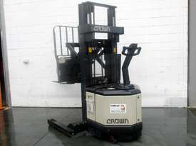 Crown Walkie REACH Stacker - picture0' - Click to enlarge
