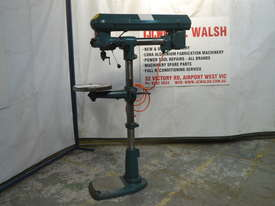 Waldown Radial pedestal drill - picture2' - Click to enlarge
