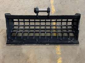 1.8 Tonne 900mm Sieve Bucket  - picture0' - Click to enlarge