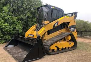CAT 289C2 4.7T Compact Track Loader fitted with NORM Engineering 4in1