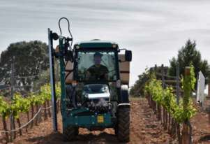 Arbos 4110F(Goldoni) 102HP Orchard Vineyard Narrow Cab Tractor