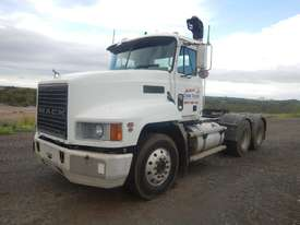 Mack VALUELINER 6 x 4 Prime Mover - picture0' - Click to enlarge