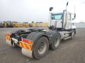 Mack VALUELINER 6 x 4 Prime Mover - picture1' - Click to enlarge