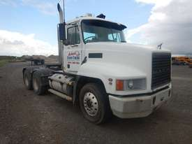 Mack VALUELINER 6 x 4 Prime Mover - picture2' - Click to enlarge