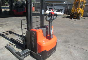 Toyota/BT Walkie Stacker 1 ton 'As New'