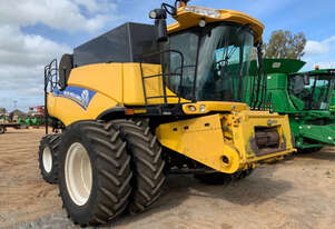 New Holland CR7090 Header(Combine) Harvester/Header