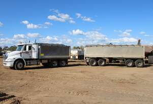 Freightliner Columbia CL112 6x4 Tipper with Quad Dog