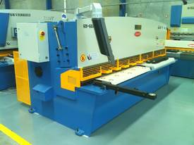 3200MM X 6MM GUILLO & 3200MM X 135TON PRESSBRAKE  - picture14' - Click to enlarge