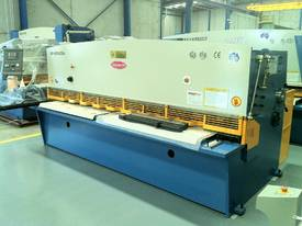 3200MM X 6MM GUILLO & 3200MM X 135TON PRESSBRAKE  - picture11' - Click to enlarge