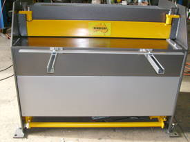 1250mm x 4mm Australian made hyd guillotine - picture0' - Click to enlarge