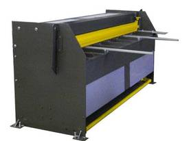 1250mm x 4mm Australian made hyd guillotine - picture6' - Click to enlarge