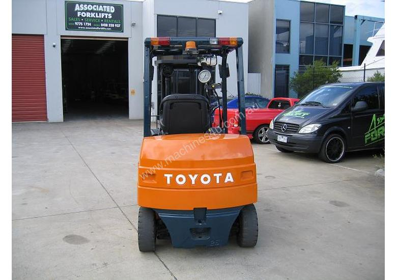 TOYOTA 2.5t Battery / Electric with Weight Gauge