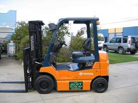 TOYOTA 2.5t Battery / Electric with Weight Gauge - picture0' - Click to enlarge
