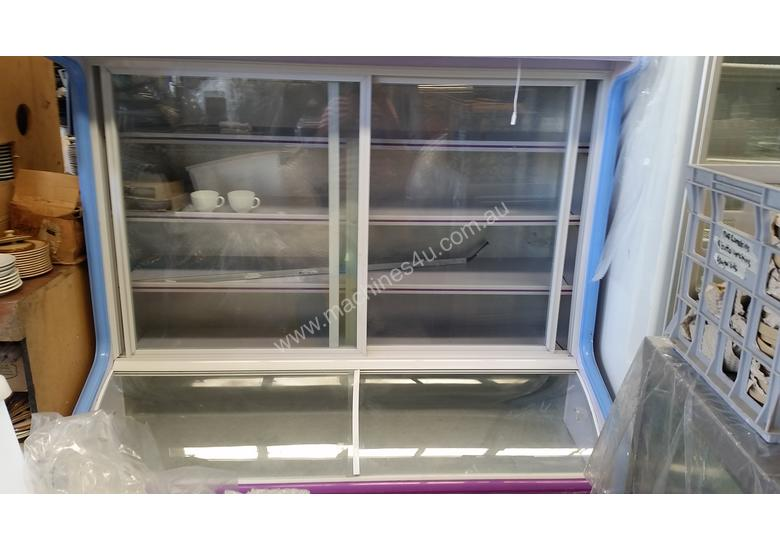 Used 2010 Display Fridge Freezercommercial Kitchen